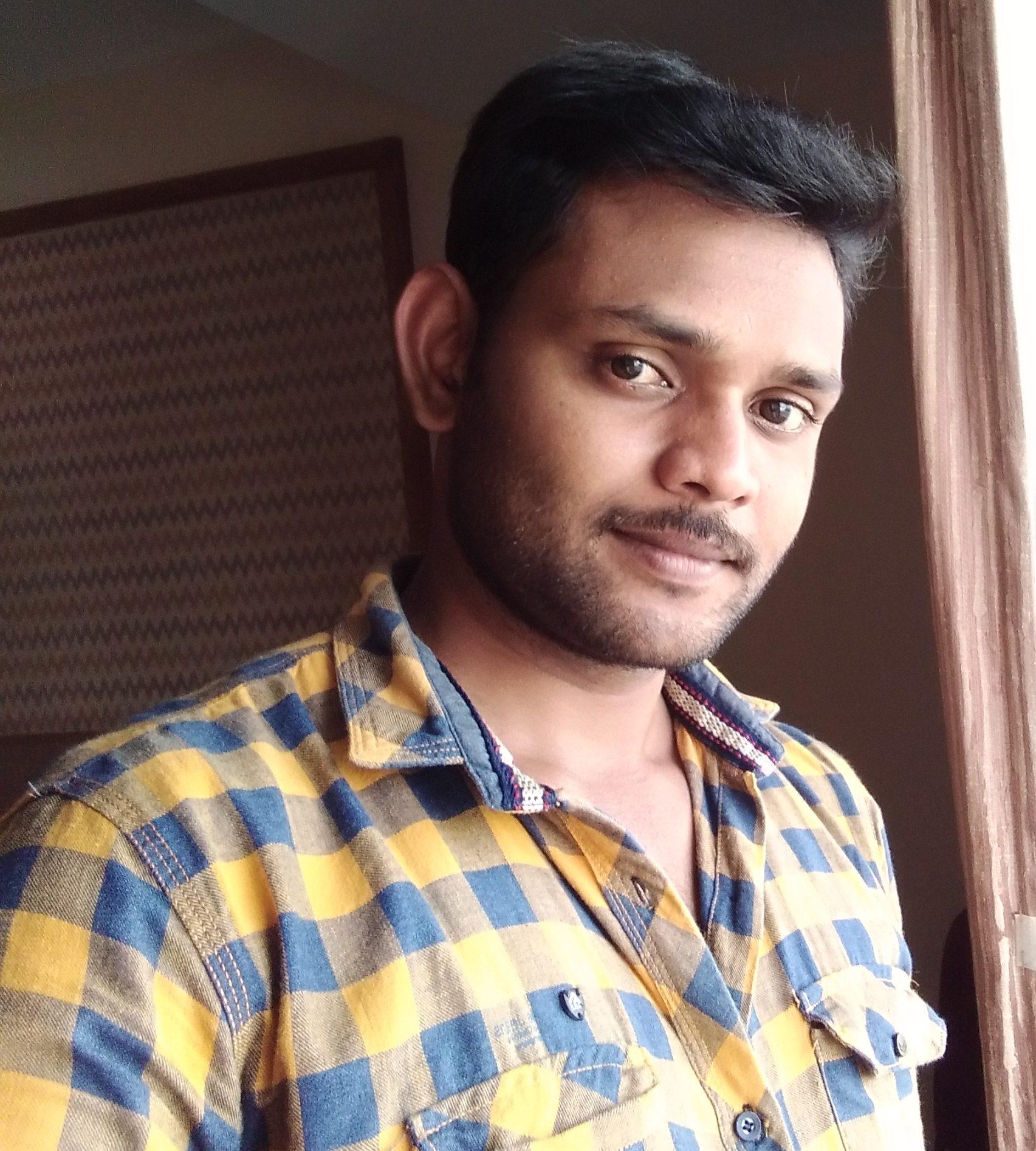 R.Sivakumar / S.Chenthoorun